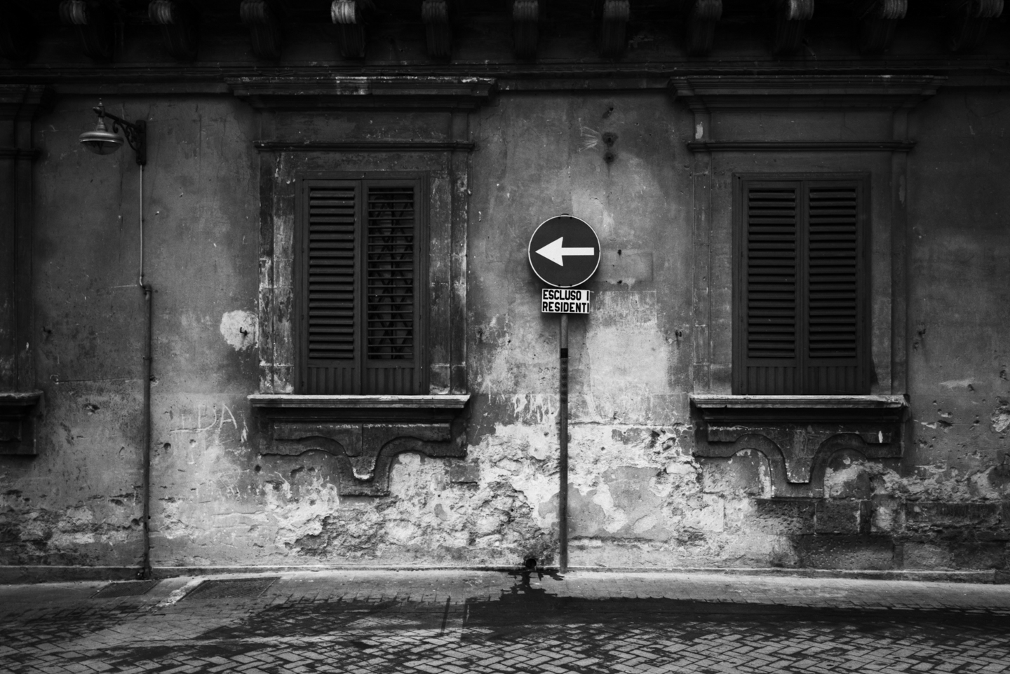 Black and White, Photograph, Excluso I Residenti, Rome, Italy, 2005